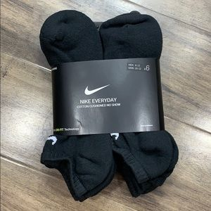 NIKE EVERYDAY COTTON CUSHIONED NO SHOW SOCKS